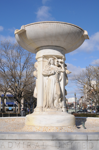 Dupont Circle Fountain Waterless on a Cold January Morning