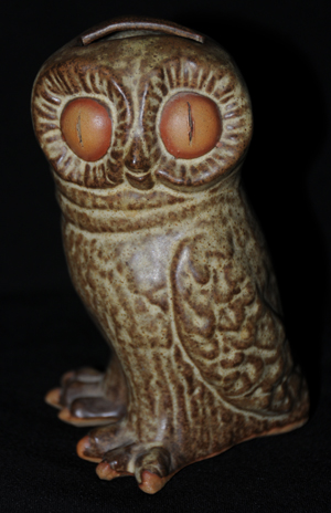 Tremar Owl Money Box/Piggy Bank - Unusual Vertical Slits In the Eyes