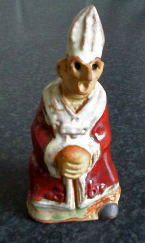 Tremar Pottery People Series - Bishop - One of the rarest figures. - Photo by wildweasel05 on www.ebay.co.uk