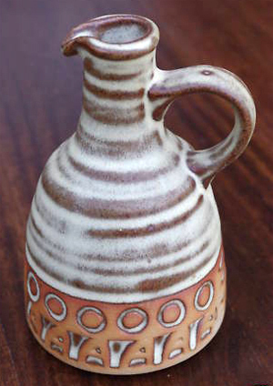 Tremar Water Flagon/Carafe - 13 cm/5 inches tall - Photo by alifox1 on www.ebay.co.uk
