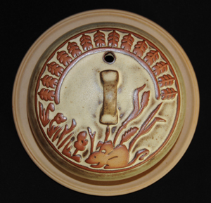 Tremar Pottery - Covered/Domed/Lidded Cheese Dish - Country Mouse Design in Off White/Tan Color - Looking Down from Top
