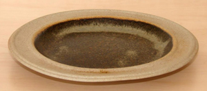 Tremar Pottery - Plate, Side, 7 Inch - This plate exhibits the quirky unevenness often seen in the handmade pieces from Tremar Pottery. - Photo by 6965pauline on www.ebay.co.uk