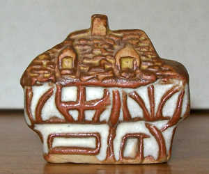 Tremar Pottery - Little Building Series - Tutor Cottage - Front