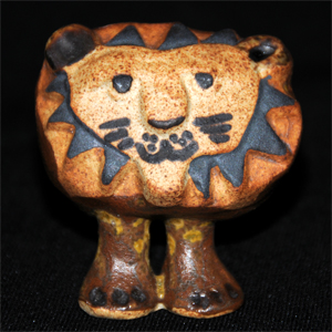 Tremar Pottery - Big Lion From the Front