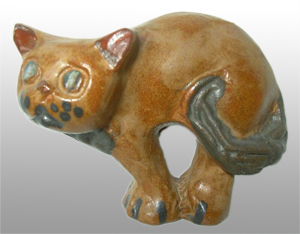 Tremar Pottery Cat – For the time being known as Cat 2