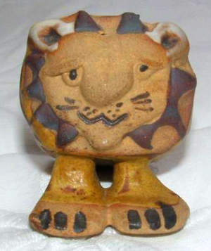 Tremar Pottery - Baby Lion - Front