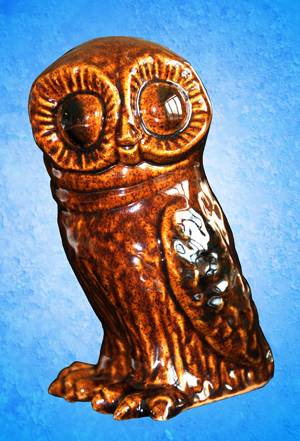 Tremar Pottery Owl - Front - This piece is unusual for its brown color and the fact that it is not a money box/piggy bank.