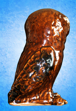 Tremar Pottery Owl - Back - This piece is unusual for its brown color and the fact that it is not a money box/piggy bank.