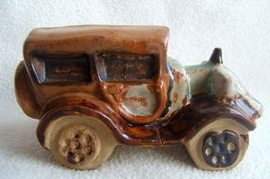 Tremar Pottery Vintage Transport Series - Car - Saloon - Sedan Car/Automobile - Photo by chinafinda1 on www.ebay.co.uk